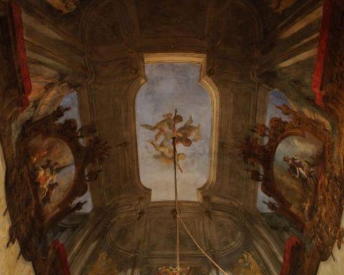 """Il """"Cabinet de travaille"""", ovvero lo studio della Principessa, era attiguo alla sua camera da letto, dalla quale era stato ricavato su sue precise istruzioni."""