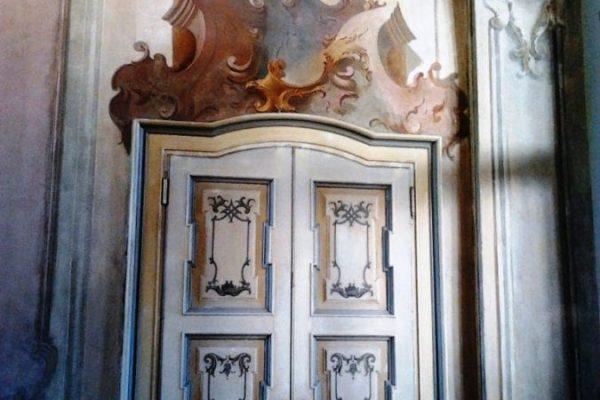 Affori-Villa-Litta-Modignani-restaurata-porte-antiche-e-affrescati-al-piano-terreno-07-05-2017-1-675x900