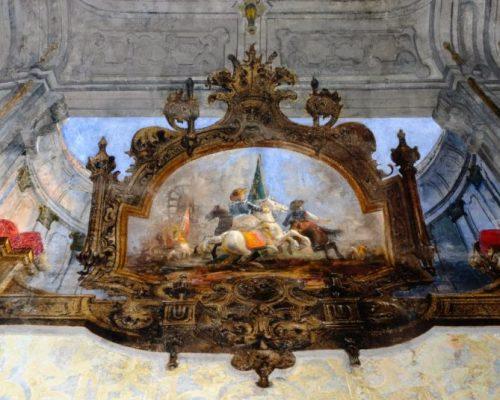 Particolare di un medaglione. Probabilmente Gian Giacomo Trivulzio (di spalle) nella Battaglia di Marignano del 1515. E' utile ricordare che Gian Giacomo Trivulzio era l'antenato più illustre della Principessa.